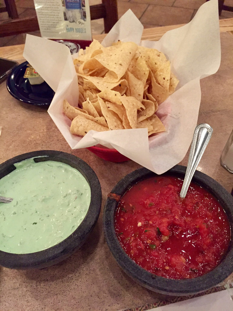 Chips & salsa w/ Famous Green Sauce